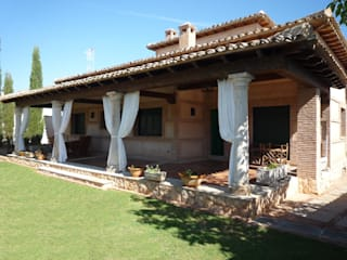Casas de estilo rural de CARLOS TRIGO GARCIA Rural