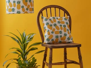 Piña cushion and lamp shade:   by Rosa & Clara Designs