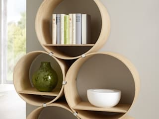 Kißkalt Designs Living roomShelves Wood
