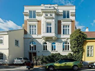 DACHCOUTURE Moderne Häuser von DREER2 Modern