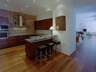 STADTVILLA Landhaus Küchen von DREER2 Landhaus