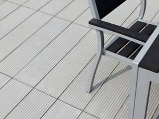 Nowoczesne naiwerchnie z betonu Nowoczesny balkon, taras i weranda od Modern Line Nowoczesny