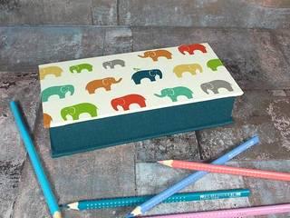 Stiftekästchen mit bunten Elefanten:   von scatoli