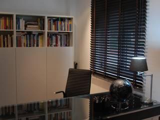 Critério Arquitectos by Canteiro de Sousa Eclectic style study/office