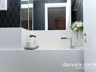 Bathroom by Danyela Corrêa, Classic