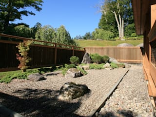 Asian style garden by Penguin Environmental Design L.L.C. Asian