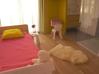 Modern Kid's Room by AGENCE-COULEUR Modern