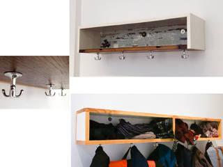 Garderobe:   von U P C Y  C L I N G