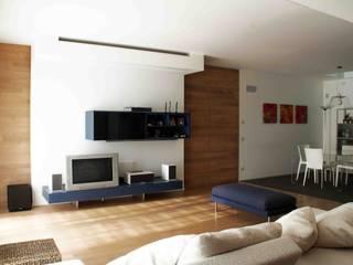 house r_p: Soggiorno in stile in stile Moderno di Federico Pisani Architetto