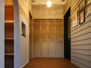 Ingresso, Corridoio & Scale in stile classico di dwarf Classico