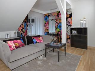 Dom 165 m2 pod Warszawą: styl , w kategorii Salon zaprojektowany przez Kossakowska design,
