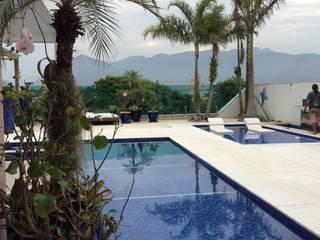 Residência Barra:  Pool by maispaisagem