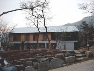 Modern houses by 팀버하우스 Modern