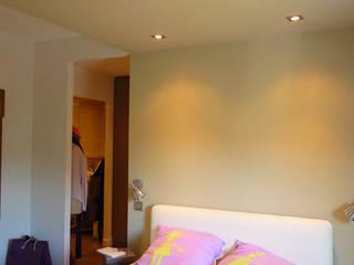 """""""Lavenier"""" Wohnung:  Schlafzimmer von EOS"""