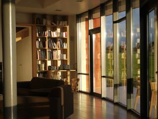 """""""Escoulis"""" Haus:  Fenster von EOS"""