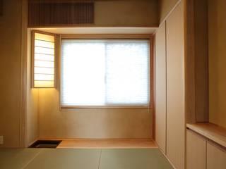 千里のお茶の間 モダンデザインの 多目的室 の アーキスタジオ 哲 一級建築士事務所 モダン