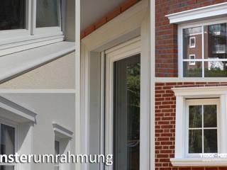 Fensterumrahmungen, Außenfensterbank:  Häuser von TRAX-MATTHIES Säulen Balustraden Stuck