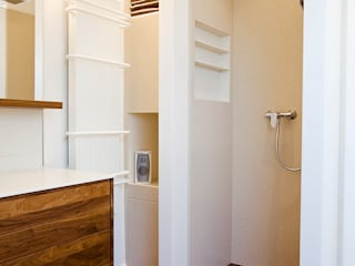 Baños de estilo moderno de Kiebitzberg® Gruppe Moderno