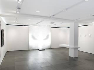 PHOS ART + DESIGN de Cinimod Studio Moderno