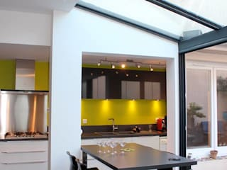SAS ACCTIF DESIGN Modern Kitchen