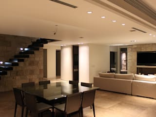 Comedores de estilo  por cm espacio & arquitectura srl,