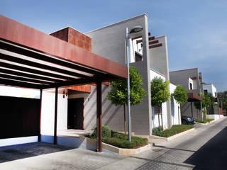 La Laguna Casas de estilo moderno de CASTELLO ARQUITECTURA Moderno