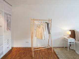 Home Staging Bavaria ห้องแต่งตัวตู้เสื้อผ้าและลิ้นชัก ไม้ Beige