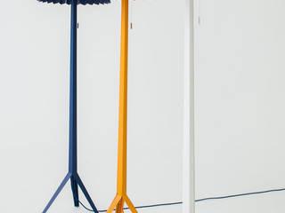Luminárias Linha Plier por estudiobola Moderno