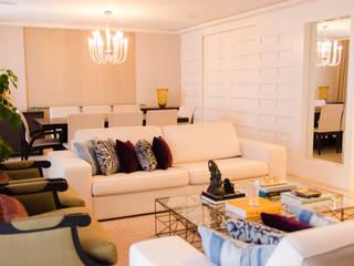 Apartamento Alto de Pinheiros Salas de estar modernas por Doppia Arquitetura e Interiores Moderno
