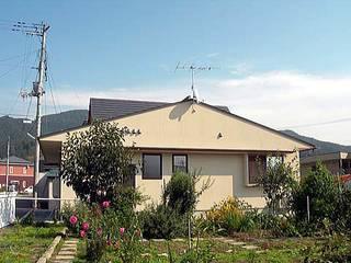 荒町の家: 有限会社 矢萩浩次設計事務所が手掛けたです。