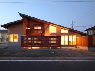 บ้านและที่อยู่อาศัย by 田村建築設計工房