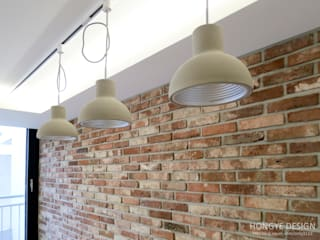 Living room by 홍예디자인, Industrial