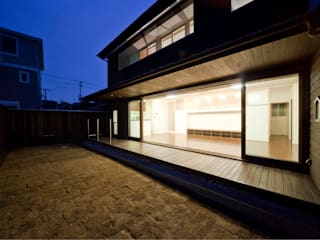 modern  by フィールド建築設計舎, Modern