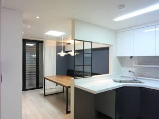 Nhà bếp theo dall & style,