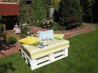 ausklappbare Gartenliege aus Paletten:   von WOHNIDEEN Lebedies