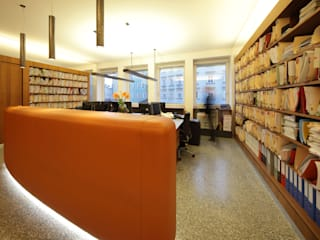 Anwaltskanzlei:  Bürogebäude von U1architektur