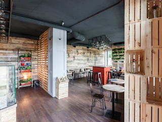 "Кофе-бар ""Пенка"": Столовые комнаты в . Автор – EUGENE MESHCHERUK   |  architecture & interiors, Лофт"