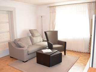 Wohn- und Esszimmer:  Wohnzimmer von WOHNIDEEN Lebedies