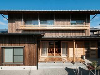 Casas de estilo clásico por shu建築設計事務所
