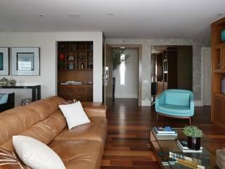 Danielle Tassi Arquitetura e Interiores Salas de estilo moderno
