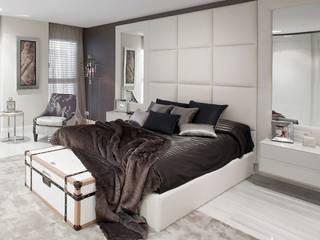 Diseño de vivineda alto standing en Barcelona INEDIT INTERIORISTAS Dormitorios de estilo clásico Beige