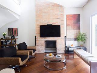 Danielle Tassi Arquitetura e Interiores Living room