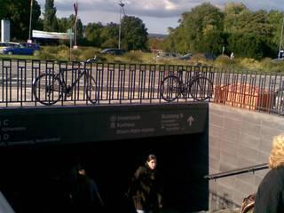 Unterführung am Hauptbahnhof Wiesbaden Minimalistische Wände & Böden von Planungsring Ressel GmbH Minimalistisch