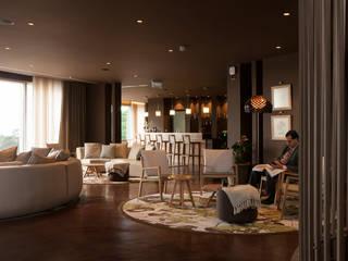 Loby do Hotel Hotéis campestres por Tralhão Design Center Campestre