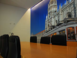 JOÃO SANTIAGO - SERVIÇOS DE ARQUITECTURA Oficinas de estilo moderno Tablero DM Azul