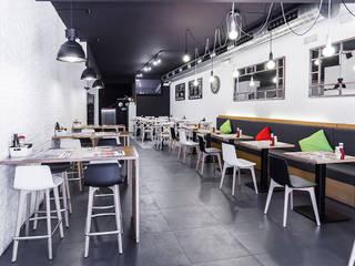 HAMBURGUESERÍA Gastronomía de estilo moderno de Proyectos ADRA Moderno