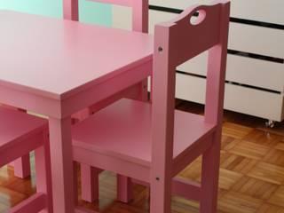 Caio Espacios Infantiles Nursery/kid's roomDesks & chairs