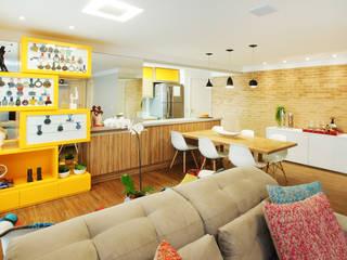 Sala Integrada: Salas de jantar  por Serra Vaz Arquitetura e Design de Interiores,