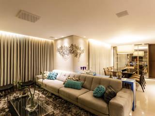 Salones de estilo  de Interiores Iara Santos, Clásico
