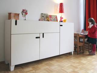 Kinderzimmer: modern  von Möbelwerkstatt Cadot,Modern